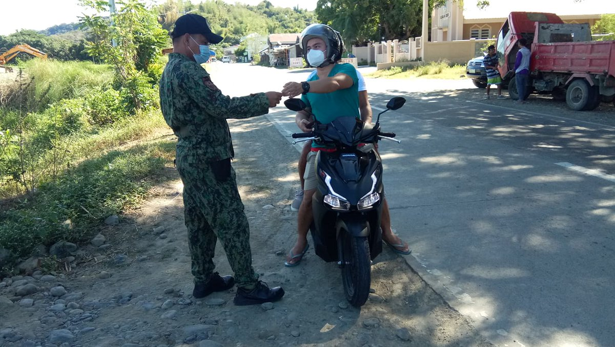 @pnpdpcr @pro1officialtw In relation to Provincial Director's Triple IMPACT Strategies, personnel of Banayoyo MPS conducted Oplan SITA at Brgy. Poblacion of this municipality and issued citation ticket to violators. #PNP #IlocosSurProvincialOffice #IlocosSur #GovRyanSingson