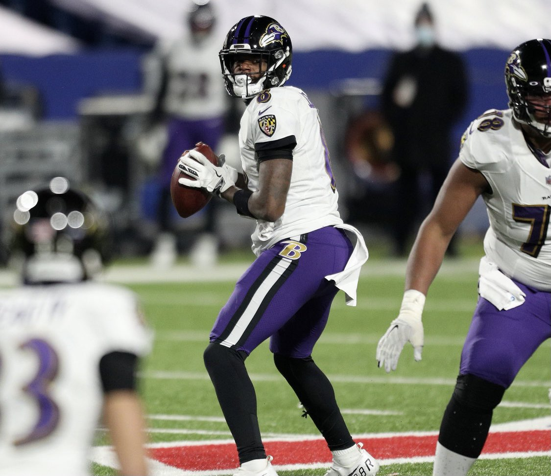 """Donations continue: #BillsMafia has now donated more than $360,000 to Lamar Jackson's @BlessinBackpack charity, from roughly 13,600 fans. I'm told @Lj_era8 & his mom are """"over the moon,"""" regarding the love Buffalo has shown #Ravens @wjz"""
