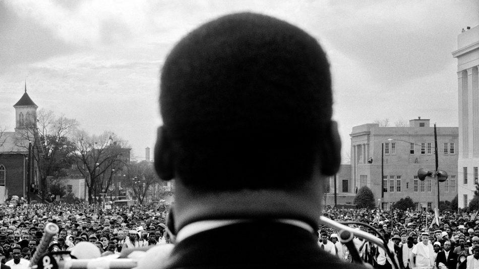 Darkness cannot drive out darkness; only light can do that. Hate cannot drive out hate; only love can do that. - Martin Luther King, Jr. . #martinlutherkingjr #martinlutherking #mlk #civilrights #ihaveadream #blackhistory #martinlutherkingday #mlkjr #love #MLKDay