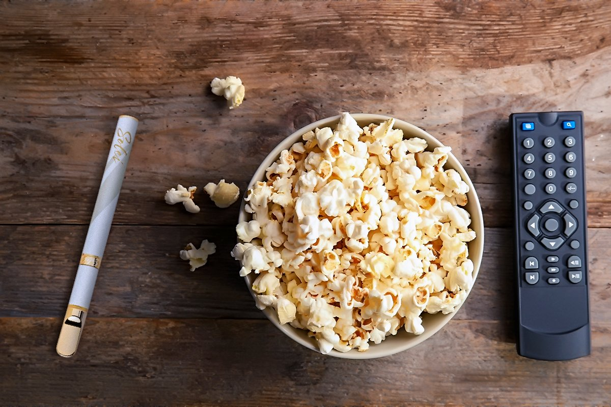 Settle in for snacks and a movie with everything you need.   ​Learn more at    #windsor #essex #Chatham #cannabis #shoplocal #shop519 #service #teamwalkerrd #welovewe