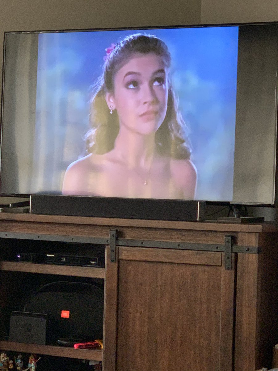 #dancetildawn @Alyssa_Milano I loved this movie growing up! https://t.co/lbcepG84Bk