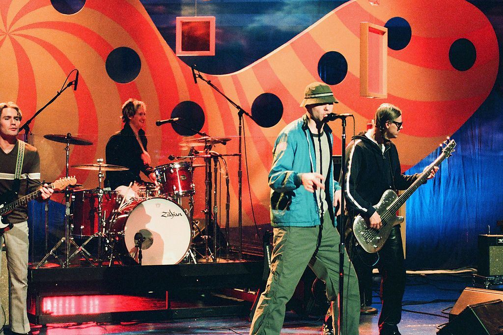 """We'll be able to rock out to """"You Get What You Give"""" thanks to a reunion by New Radicals as part of the Biden-Harris administration's virtual """"Parade Across America"""" event via @RollingStone  #newradicals #InaugurationDay #yougetwhatyougive #90smusic"""