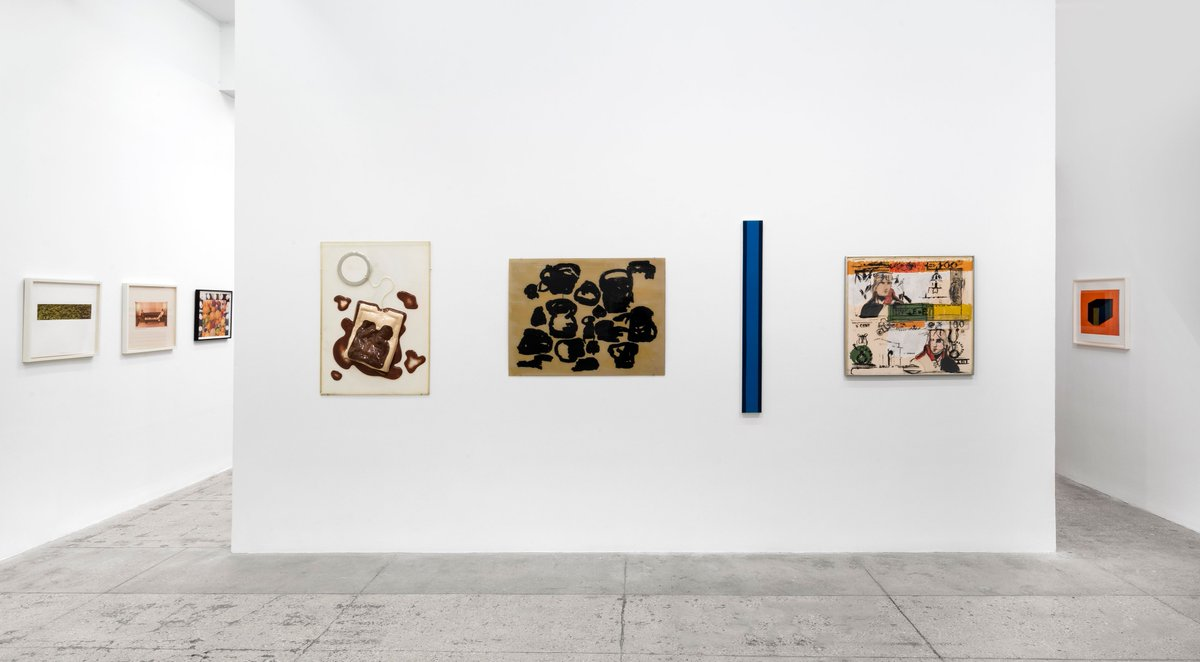 """#MultiplesMonday: In 1966, Multiples, Inc. published its first portfolio, """"Four on Plexiglas,"""" with works by #PhilipGuston, #BarnettNewman, #ClaesOldenburg, and #LarryRivers.  Book an appointment to learn more about the seminal editions on view at #MGGNY, https://t.co/8TEvJOgPaF https://t.co/hMp6yWEc5C"""