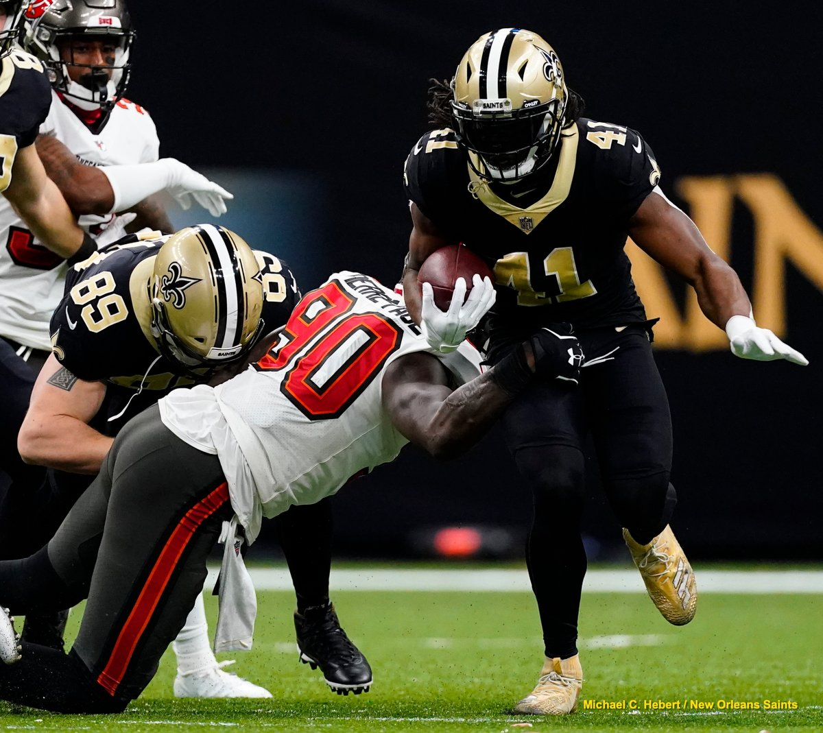 ESPN's @MikeTriplett joins @JohnDeShazier & @carolinegonzo34 to recap the #Saints divisional round loss to Tampa Bay and talk about what's next 🎙 @SeatGeek   RECAP »