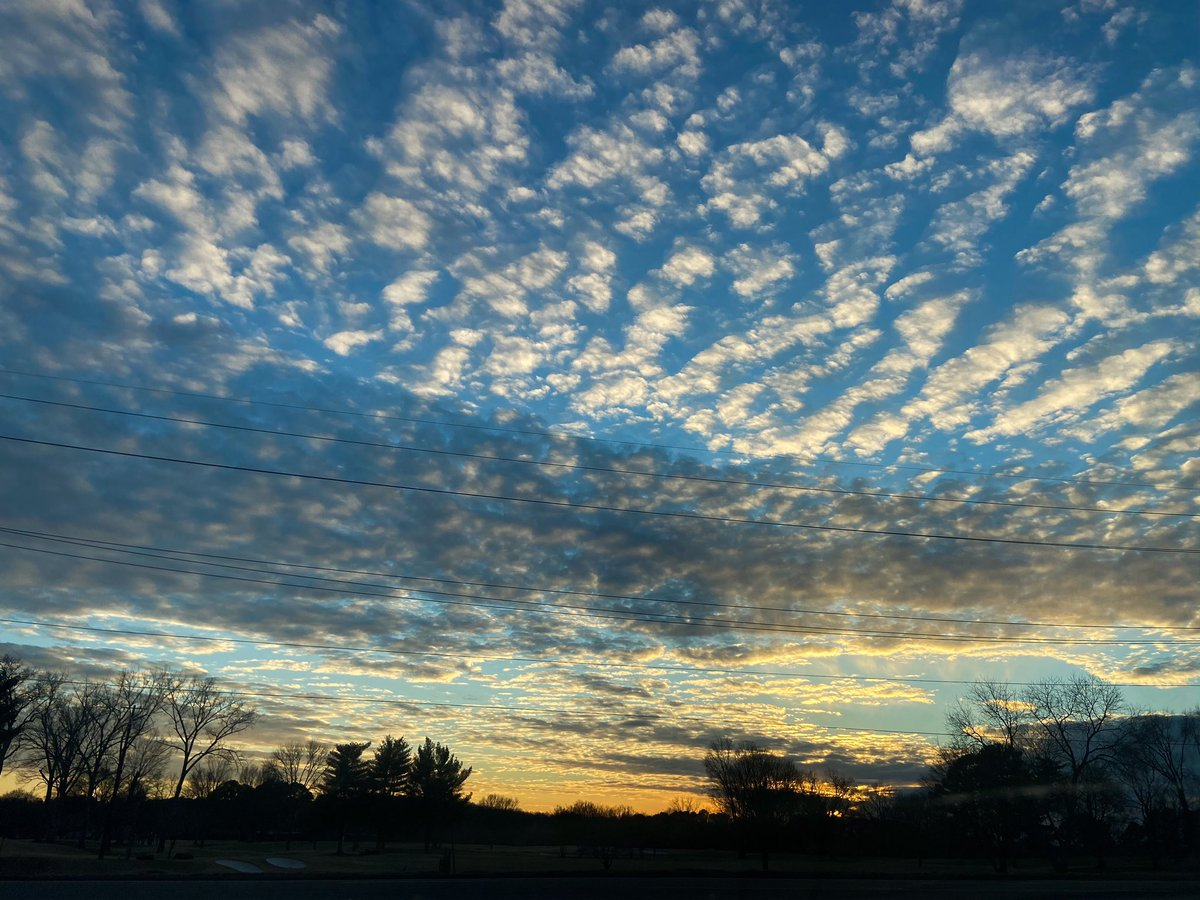A beautiful sky for #MLKDay. 💙 I imagine Martin Luther King Jr. appreciated a beautiful evening sky.