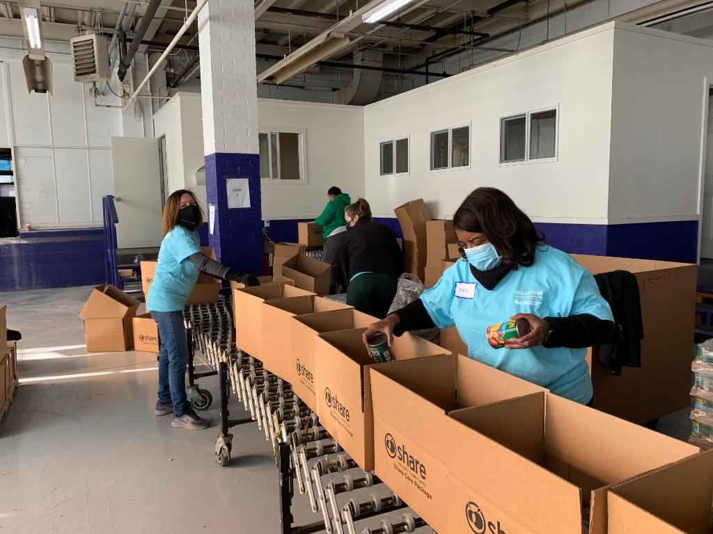 On #MLKDay2021, CHOP volunteers packed produce boxes for delivery and provided administrative support at @sharefoodphilly.
