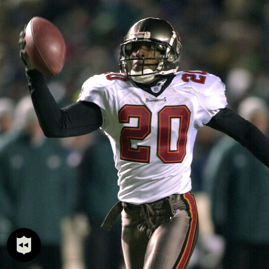 The @Buccaneers played in their last NFC Championship 18 years ago today and @rondebarber dominated. (Jan. 19, 2003)  📺: #TBvsGB— Sunday 3:05pm ET on FOX 📱: NFL app // Yahoo Sports app