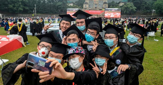 China's College Graduates Can't Find Jobs The Solution: Grad School Photo