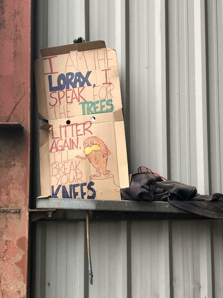 I work at a recycling centre and I found this a few month ago via /r/funny  #funny #lol #haha #humor #lmao #lmfao #hilarious #laugh #laughing #fun #wacky #crazy #silly #witty #joke #jokes #joking #epic #funnypictures