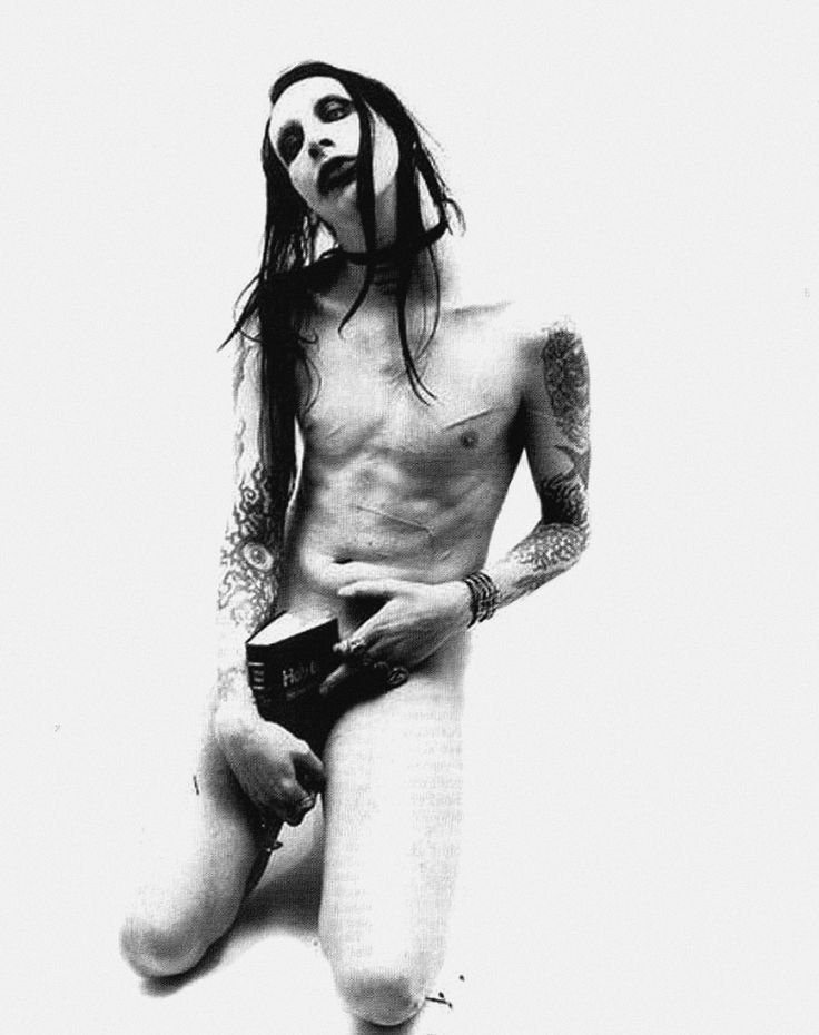 I'm not a slave to a god that doesn't exist   @marilynmanson #MarilynManson #FightSong #Manson https://t.co/ngM2MGQ1BJ