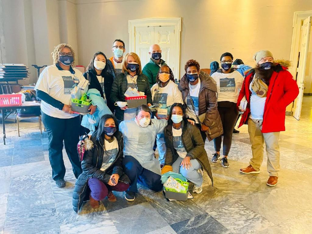 CHOP clinicians offered COVID-19 testing at Girard College, and supported efforts led by @GCitizenMLK and the Black Doctors COVID-19 Consortium on #MLKDay2021.