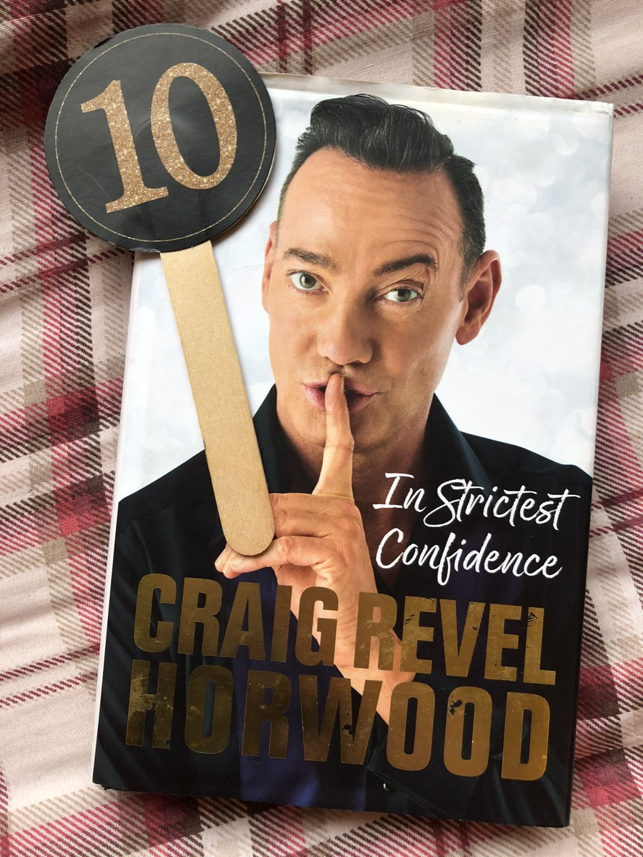 Felt like this was an appropriate bookmark for @CraigRevHorwood book #Strictly https://t.co/wRegDfZCjU