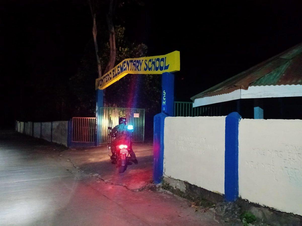 @pnpdpcr @pro1officialtw In relation to Provincial Director's Triple IMPACT Strategies, TMRU personnel of Banayoyo MPS conducted patrolling within AOR to pre-empt any untoward incident. #PNP #IlocosSurProvincialOffice #IlocosSur #GovRyanSingson #PBGENRodolfoAzurin