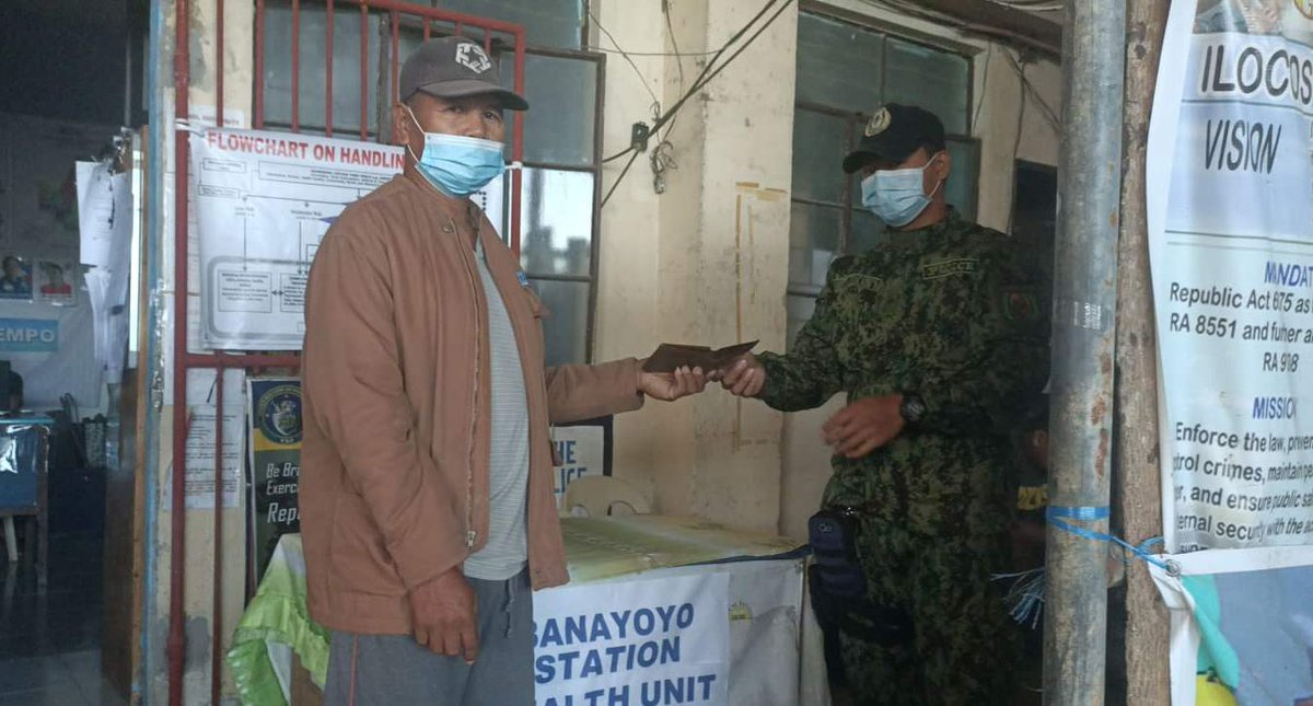 @pnpdpcr @pro1officialtw  Personnel of Banayoyo MPS received a lost and found wallet turned-over by Mr. Larry Manzano of Brgy. Poblacion and was later on returned and received by the rightful owner. #IlocosSurProvincialOffice #IlocosSur #GovRyanSingson #PBGENRodolfoAzurin