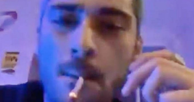 Zayn Malik leaves fans baffled as he smokes weed in bizarre 6am livestream Photo