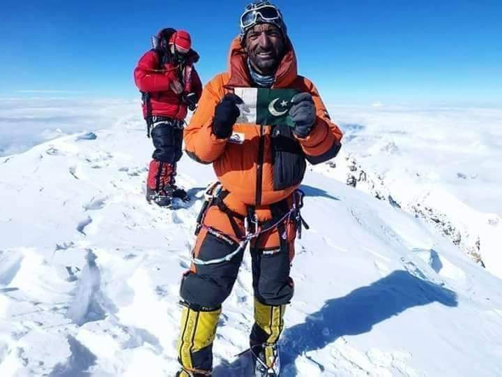 keep going champ @ali_sadpara ❤ you can do it... defeat the #killermountain #k2  we are praying for you and waiting for the good news ❤ #K2winter2021  #پاکستان_زندہ_باد https://t.co/TNuOvw70o6