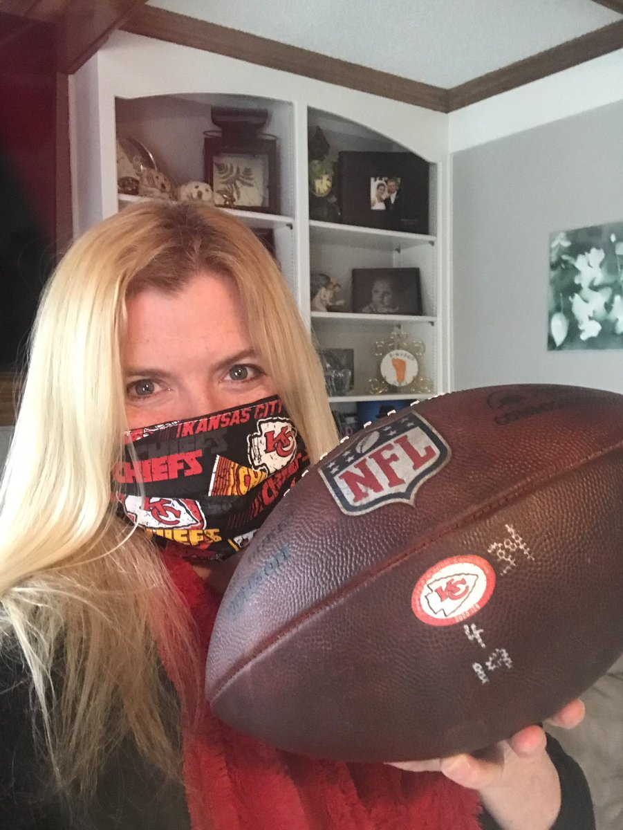 YES! I got to touch it! #Chiefs #ChiefsKingdom #KansasCity #AFCDivisional #RunItBack #QB1 #PatrickMahomes #SuperBowlBound #GameBall ^Shannon OBrien