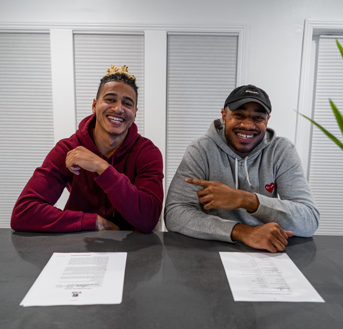Real life family business... happy to announce @CalFootball alum and @WashingtonNFL WR @Trevor9Davis as the newest member of the @VanguardSG family! 🤝 #ItsBetterThisWay