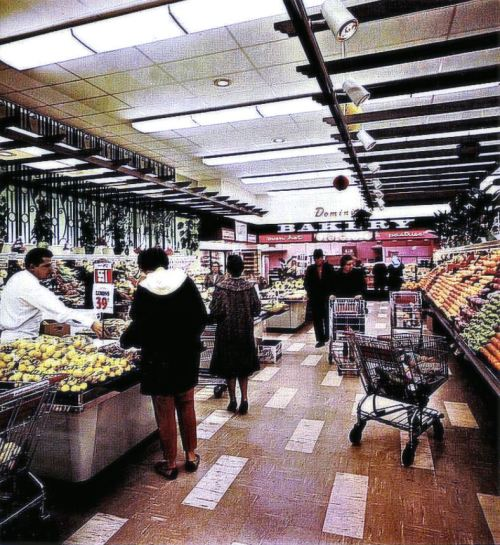 The Modern Supermarket. 1970 danismm.tumblr.com/post/640707443…