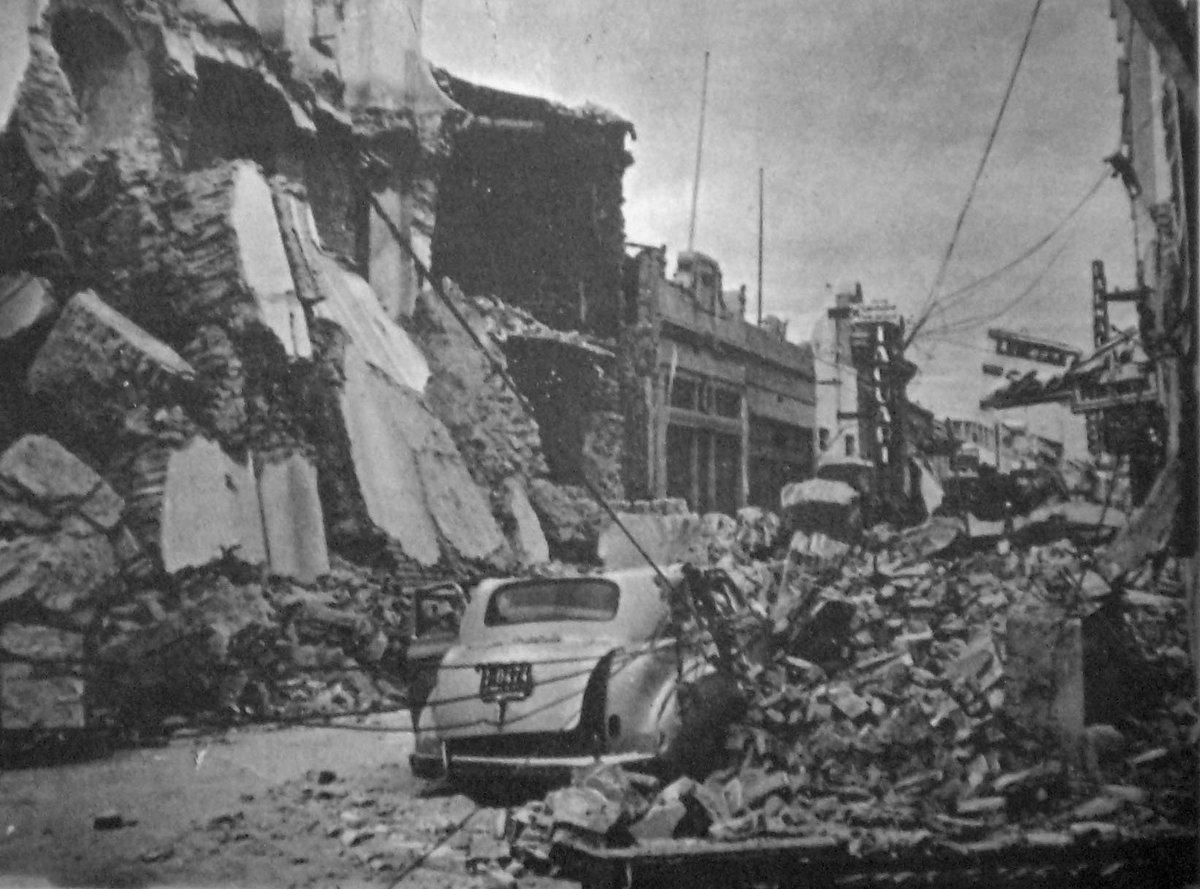 ¿Quieren un dato histórico aleatorio? Hace 3 días atrás, se cumplieron 77 años del terremoto de -justamente- San Juan (15 de enero de 1944). Calculado aprox. 6,9 Mw con profundidad entre 11 y 16 km. Fue considerado el evento natural más destructivo hasta ese momento en Argentina. https://t.co/Awiwf6X4zy