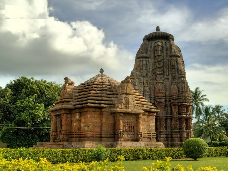 """Rajarani Temple of Odisha is a masterpiece of Orissan Temple Architecture. It was constructed in 11th century with dull red & yellow sandstone locally called """"Rajarani"""".Rajarani Music Festival is a major music festival held every year at the temple premises from 18 to 20 January."""