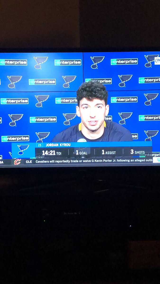 Holy shit is Kyrou really a Jonas brother ? 🤷♂️ #stlblues