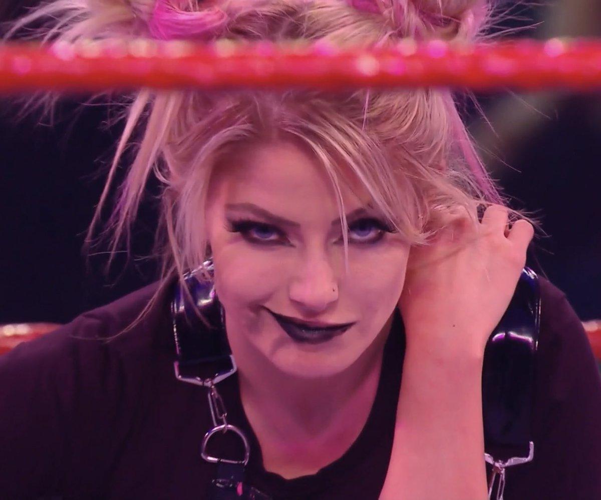 @Era_Of_Bliss @AlexaBliss_WWE She definitely deserved it #WWERaw