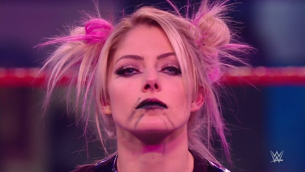@AlexaBliss_WWE making history is what she does best! ❤️❤️❤️😍😍😍😍🔥🔥🔥🔥😘😘👏🏾👏🏾👏🏾👏🏾  #AlexaBliss #AlexasPlayground #TheFiend #WWERaw