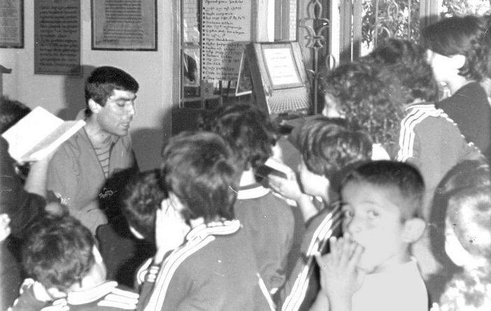 Anısına saygıla...  Gazeteci #HrantDink'in büyüdüğü Tuzla Ermeni Yetimhanesi'nin alanıyla ilgili plan değişikliği İBB Meclisimizden oy birliğiyle geçti. Böylece, kurulacak Kamp Armen Gençlik Merkezi'nin önünde herhangi bir engel kalmadı. Vefat yıl dönümünde rahmetle anıyorum.