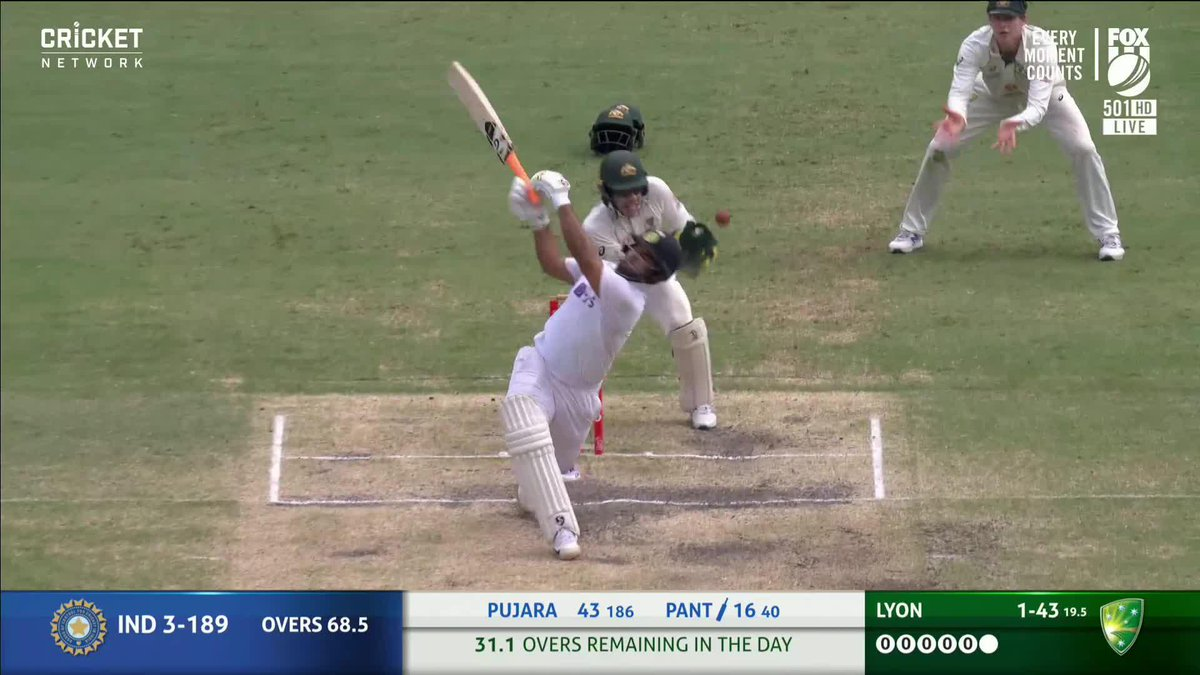 Pant can't resist! And Lyon can't believe it.  Live #AUSvIND: