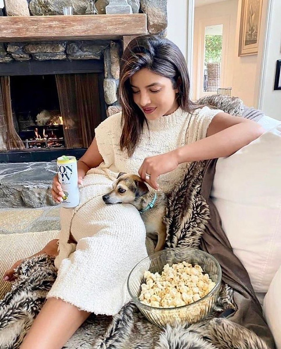 We're just 'popping' by to let you'll know that there is no one 'butter' than you two 🍿❤️  #NationalPopcornDay   @priyankachopra #DiariesOfDiana