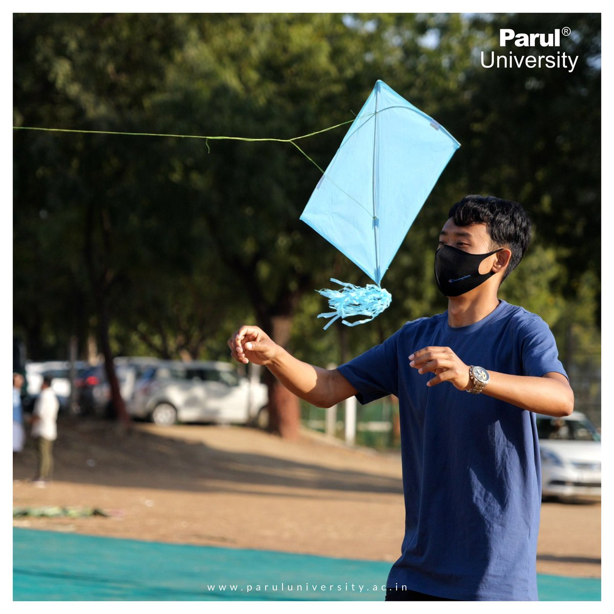 #PUHangout #MakarSankranti #ParulUniversity  Be it flying the kite, holding the Manjha or just sitting back and enjoying the colorful sight of the kite filled skies; PU students did all of it in style. Herewith, sharing the glimpses of Makar Sankranti celebrations.