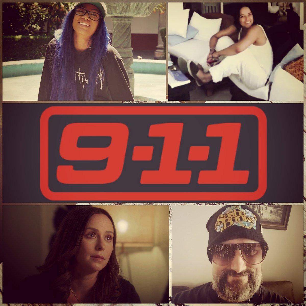 Next Watchin #911OnFox Season Premiere y'all #Happy #Selfie #JenniferLoveJewitt #SashaBanks #SashaKrew #LegitBoss #MichelleRodrguez #mrodfamily #mrodlover 😊😍🔥🔥💙💜❤