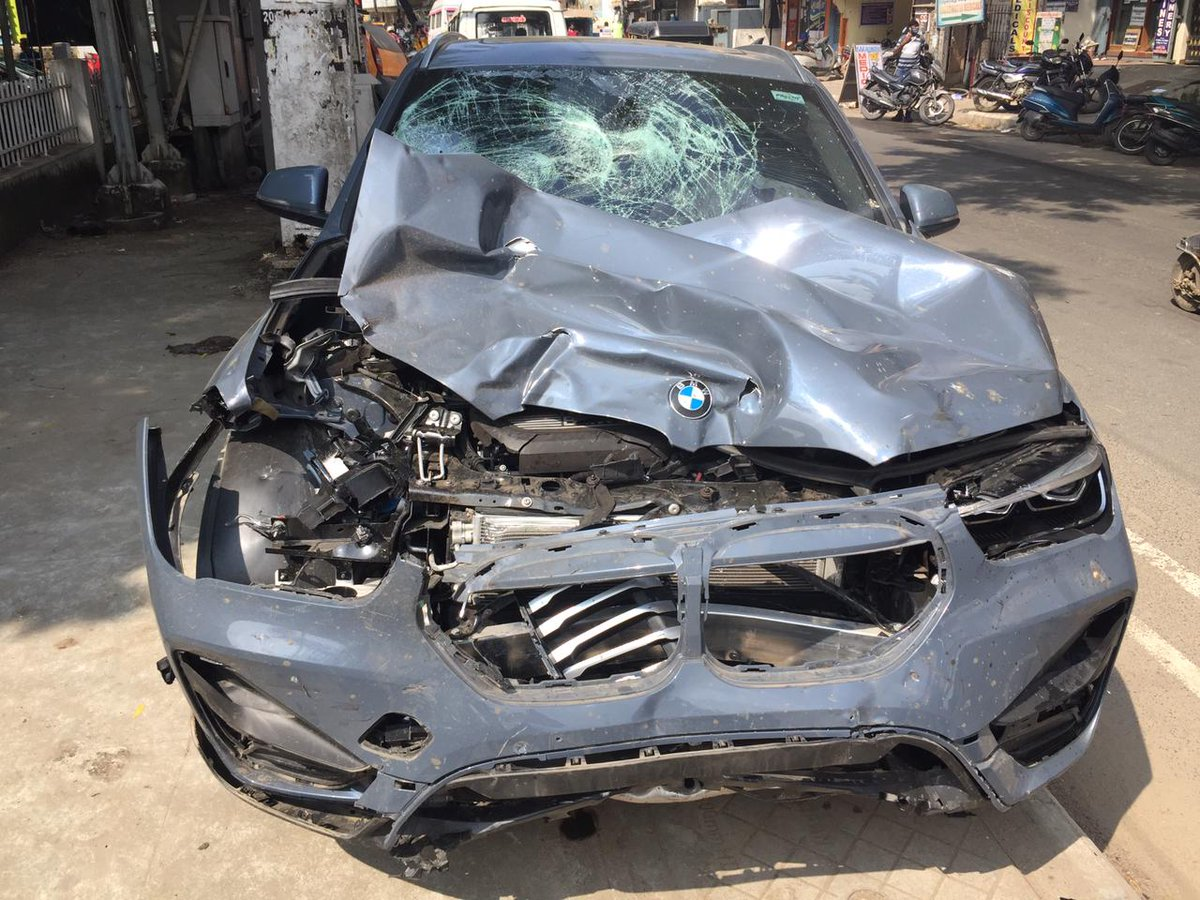 An Armed Reserve police constable died and another policeman riding pillion escaped with injuries after a speeding BMW car hit them at Mogappair, Chennai