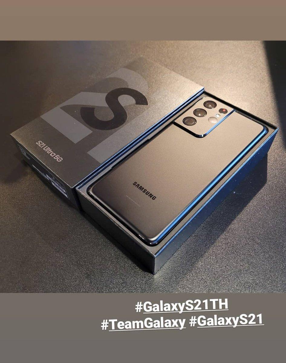 เอามาโชว์กันใกล้ๆแบบนี้ ของมันต้องมีละป้ะะะ 😬😬  Jump's IGS update ☁️ ig : pisitpon_j  #pisitpon_j  #GalaxyS21 #GalaxyS21TH #TeamGalaxy