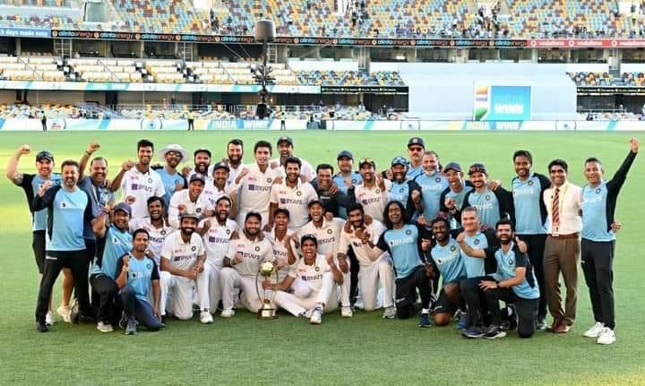 ब्रिस्बेन में गावस्कर-बॉर्डर टेस्ट सीरीज की ऐतिहासिक व शानदार जीत के लिए भारतीय क्रिकेट टीम को बहुत बहुत बधाई व ढेर सारी शुभकामनाएं।   देश को आप पर गर्व है।    #TeamIndia | #INDvsAUS