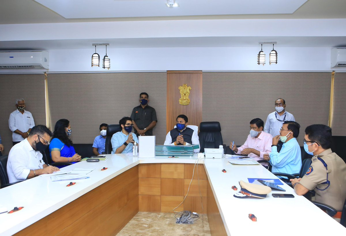 This afternoon I visited the Vidhan Bhavan of Maharashtra to meet Hon'ble Speaker @NANA_PATOLE ji and discuss with him our department's proposal to allow tourists/ students as visitors into Vidhan Bhavan for guided tours on weekends with full security protocols in place (1/2)