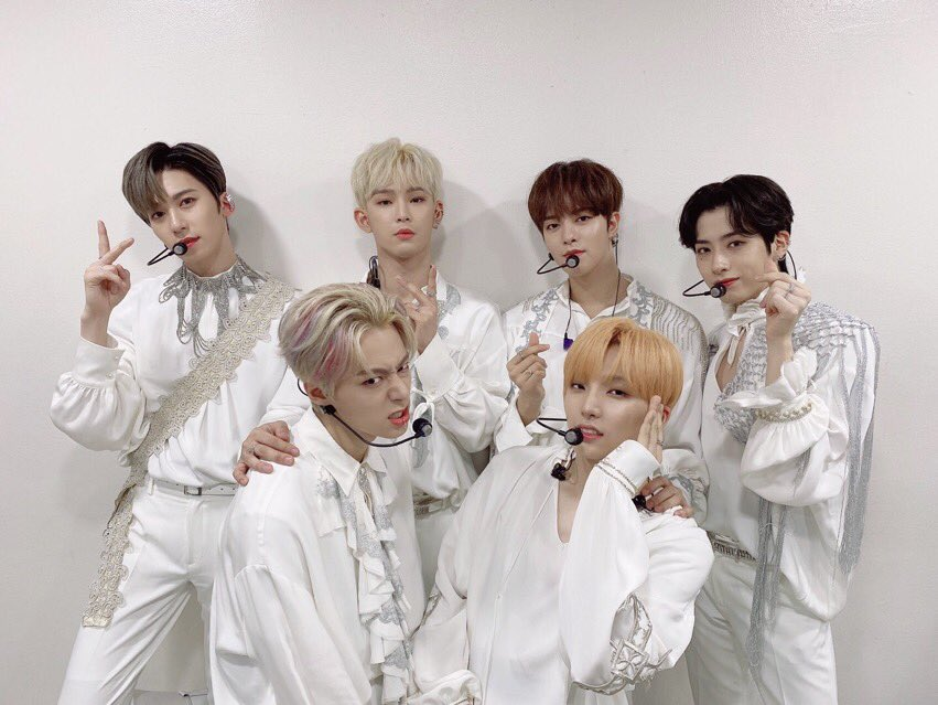 Foi só eu que percebi as roupas da era passada? To be or not to be // no diggity  #원어스_데빌_그누구도_반박불가 #ONEUS_DEVIL_NoDiggity #원어스 @official_ONEUS
