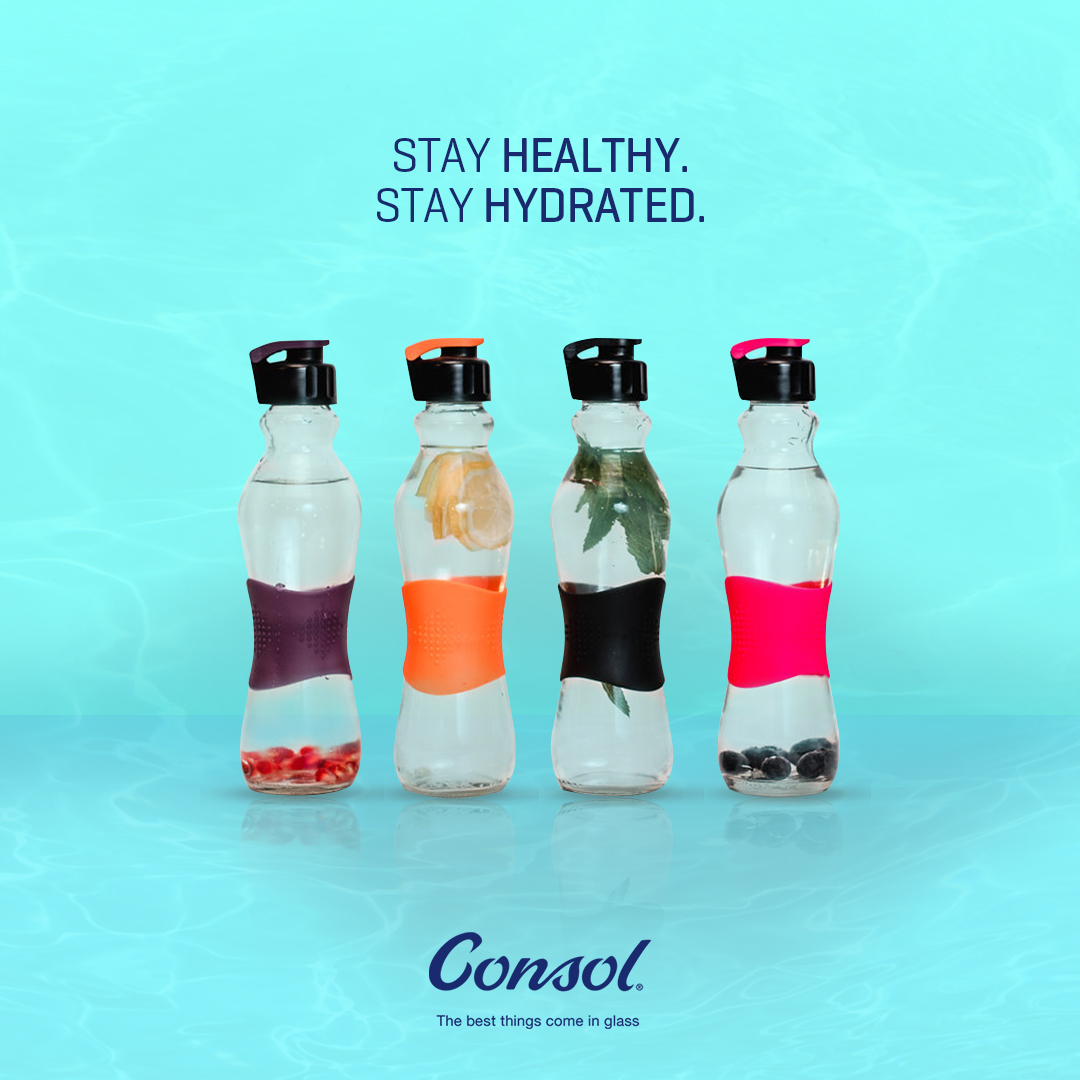 #WaterBottleWednesday offers the perfect way to get fit for the next festive! It's a new year, so flex differently this time. The best things come in glass, so stay hydrated with our stylish Grip & Go Consol bottles #ConsolGlass https://t.co/W7OlKKHL0P