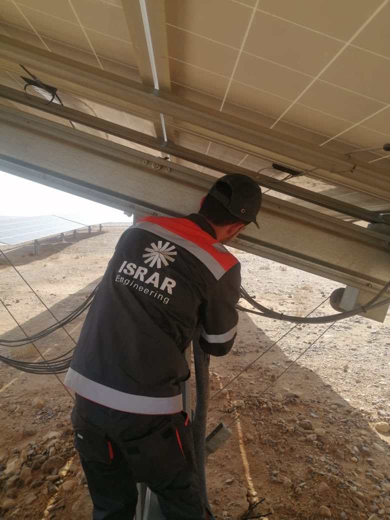 Shots of O&M services conducted by the ISRAR engineering team on one of @ScatecSolar's projects at MDA which is a part of a large program of projects that we are responsible for from A-Z. Proud to be part of the Jordanian journey to #GoGreen🌱#renewableenergy #solarenergy #Jordan