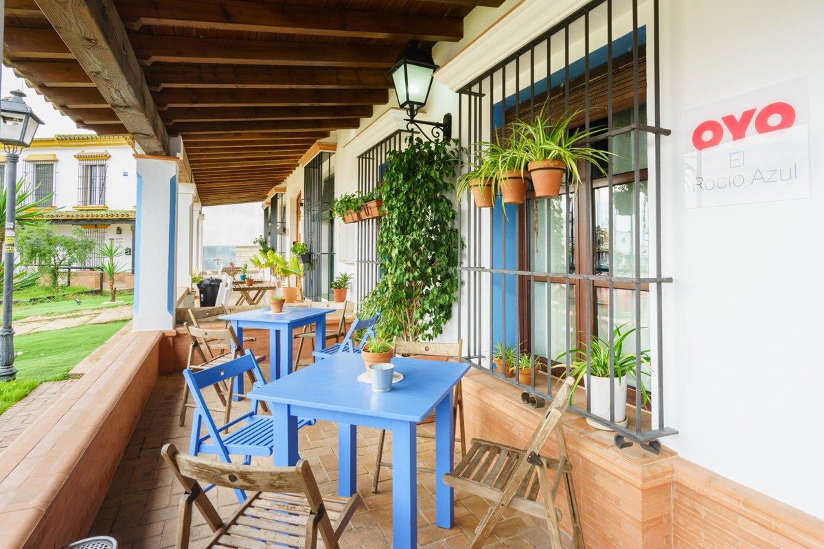 Estupendo hotel, muy silencioso y acogedor. @elrocioazulalojamientorural. Haz tu reserva en  o en el teléfono 627737000 (Sujeto a disponibilidad). #FelizViernes #FelizFinde #FelizFinDeSemana #TurismoAndaluz #Andalucía #AlojamientoElRocío #ElRocioAlojamiento