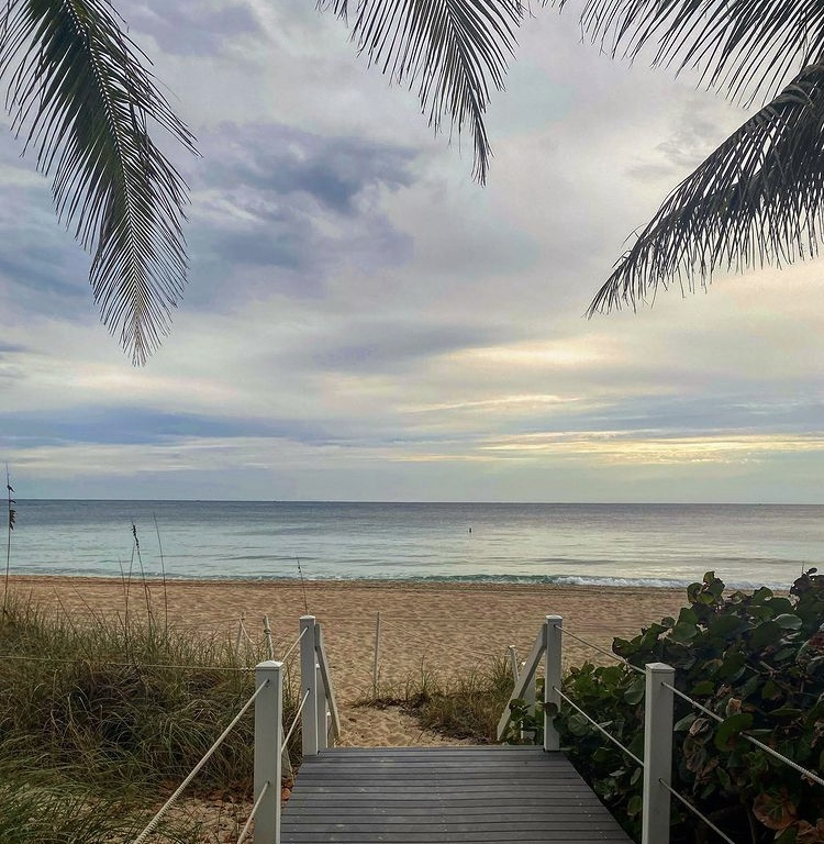 Hi, Fort Lauderdale! 🌅  #goodmorning #fortlauderdale #morning #holidays #southflorida #florida #january #winter #beach #sun #laudy #wakeup #love #amazing #beautiful #happynewyear #lauderdale #newyear #photooftheday #broward #tuesday #traveltuesday #laudy