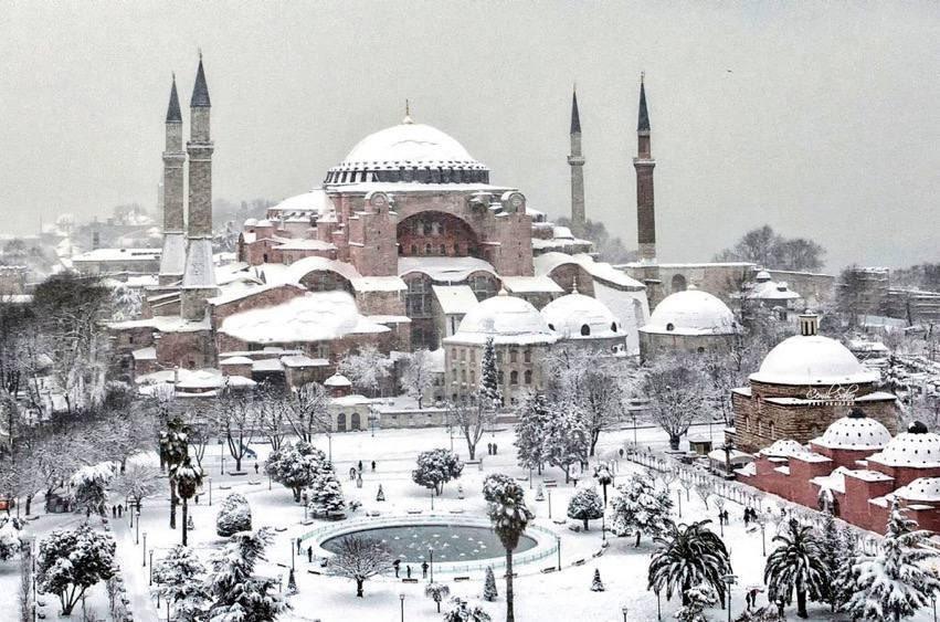 Replying to @byzantinepower: Hagia Sophia, Constantinople.