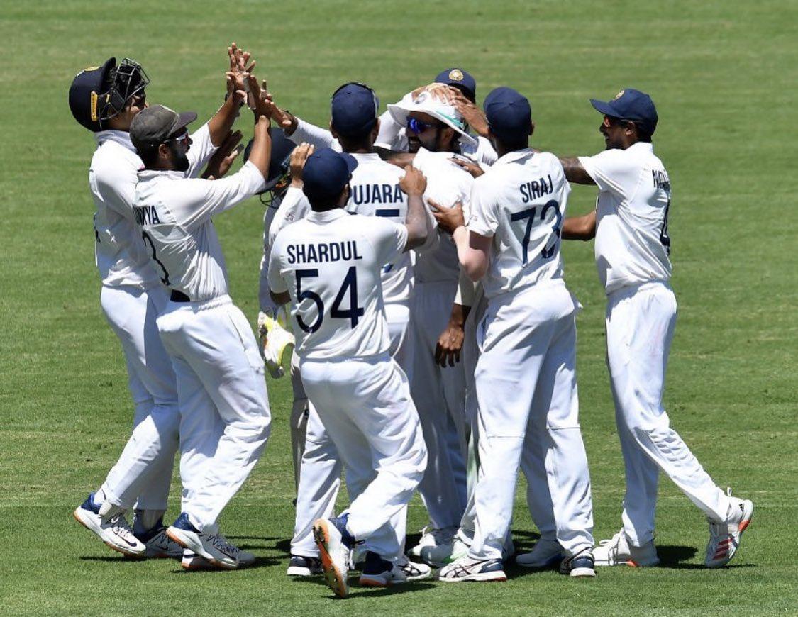 Wattttt a win..... men with de biggest heart ❤️.. #INDvAUS #wewon #india #Cricket #love