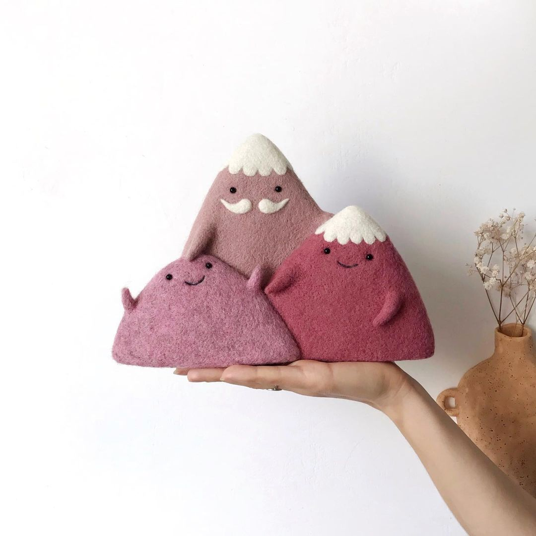 Kawaii wool art  by manooni_shop | IG