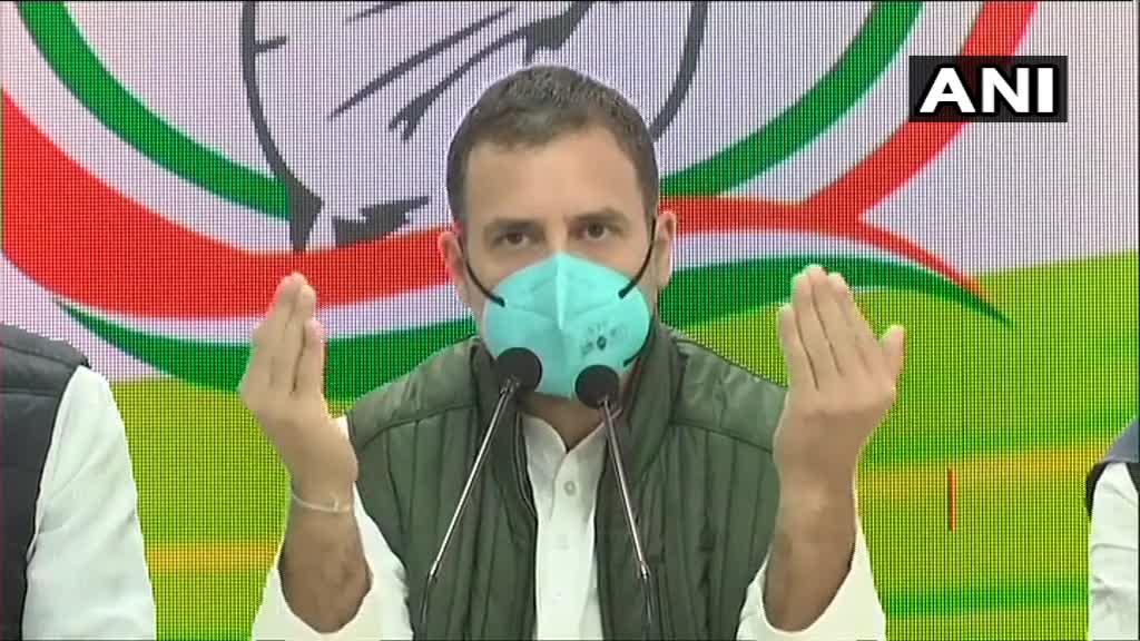 """""""Dekhiye ye mera character hai, mai Narendra Modi sey nahi darta, mai akela khada ho jaunga, mai deshbhakt hoon, mai unse bhi zyada fanatic hoon, aaj meri baat mat maano, jab ghulam ban jaoge tab manoge, mai toh ghulam nahi hoon na"""" : Rahul Gandhi"""
