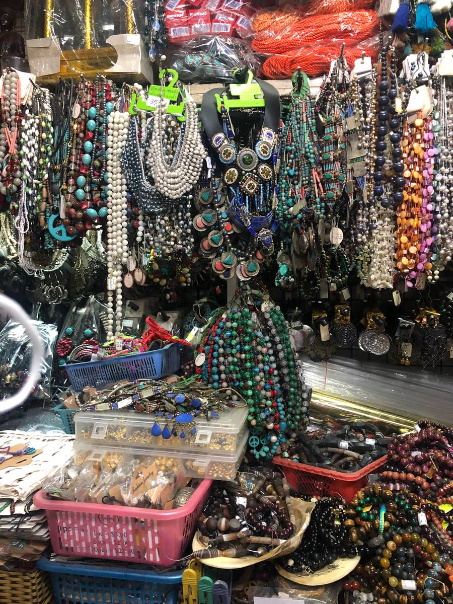 Good to see #Pakistani antique Jewellery in the main Russian Market of #Phnom Penh, #Cambodia. The lady order it via a Pakistani guy in Thailand ❤🇵🇰.