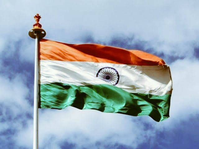 More than the Aussie fans, tough luck for the Srilankan, Bangladeshi and Pakistani fans of Australian cricket team 🤭🔥  High time their culture learns to love the game of cricket more than their hatred for India 🤩💖😍 🤘🏽#BorderGavaskarTrophy #AUSvIND 🤘🏽#TeamIndia @BCCI 🔥
