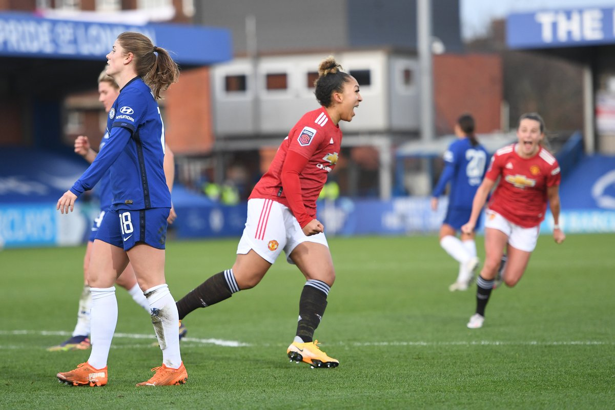 Talk about making an 𝗶𝗺𝗽𝗮𝗰𝘁 🔥  Nicely done, @LaurenJamess22 💪  #MUWomen #BarclaysFAWSL