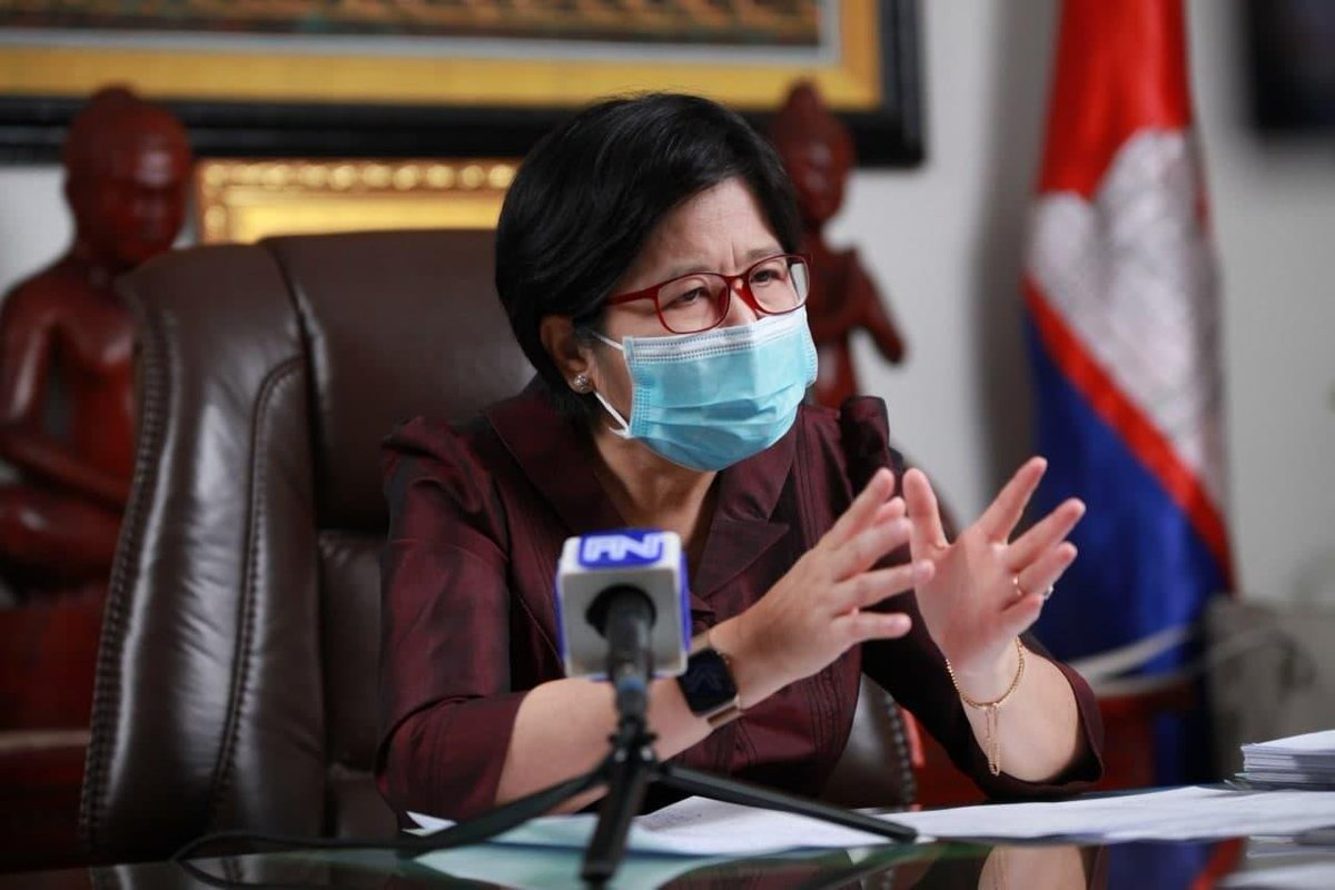 300K doses of #COVID19 vaccines from #China to arrive in #Cambodia in February, said H.E. #OrVandine, Secretary of State and Spokesperson of the Ministry of Health